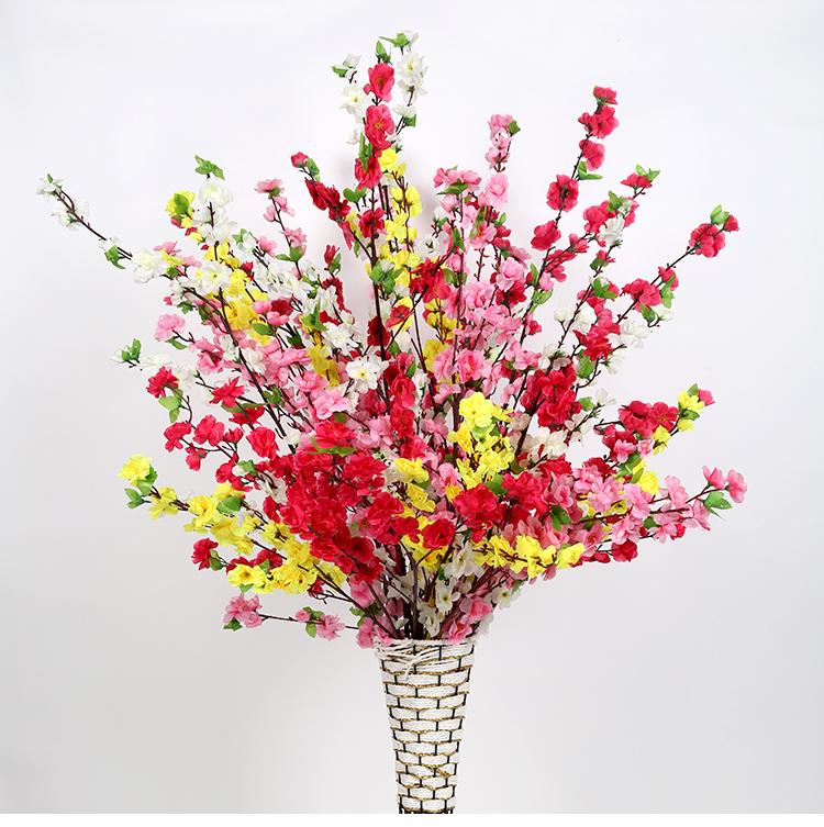 Cách trang trí hoa ngày Tết trở thành thói quen của nhiều hộ gia đình
