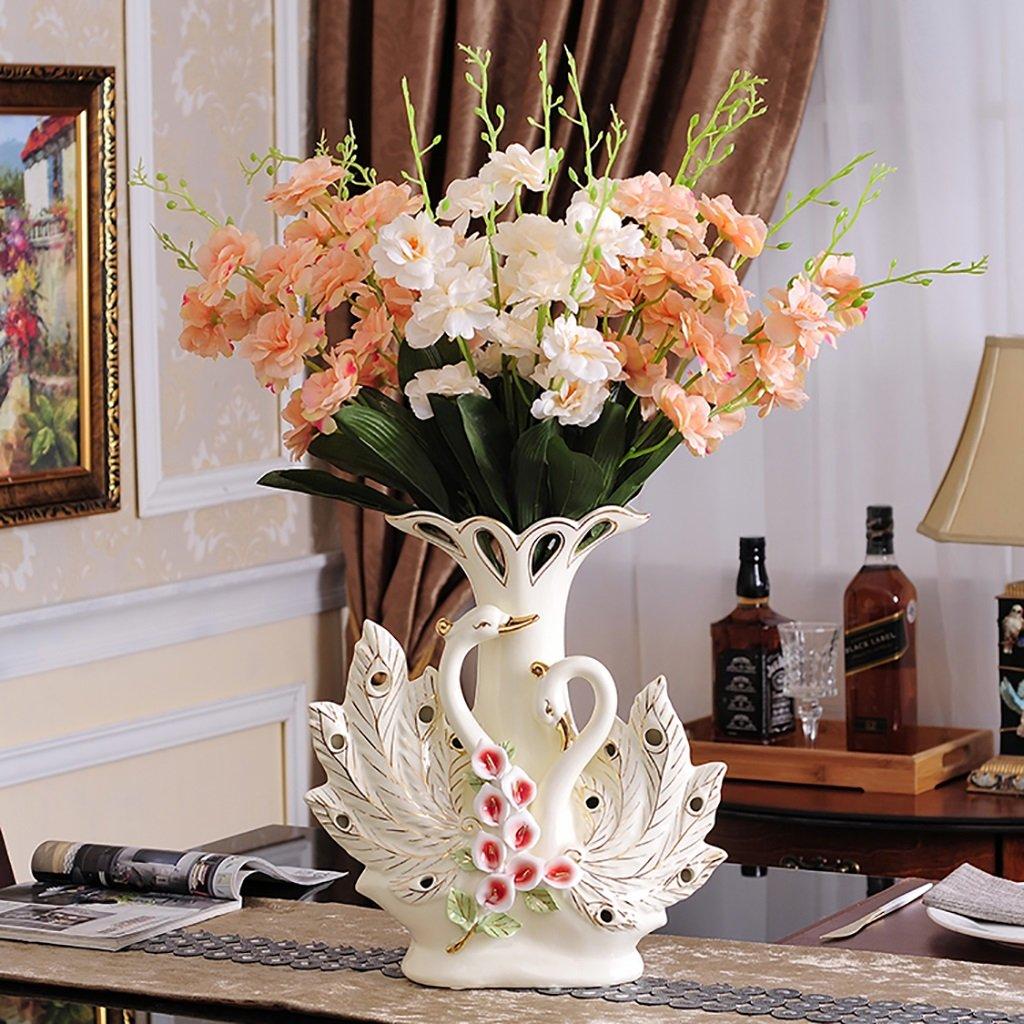 Hoa để bàn lễ tân nên lựa chọn những loại hoa tươi tắn, rực rỡ, mang ý nghĩa tốt đẹp