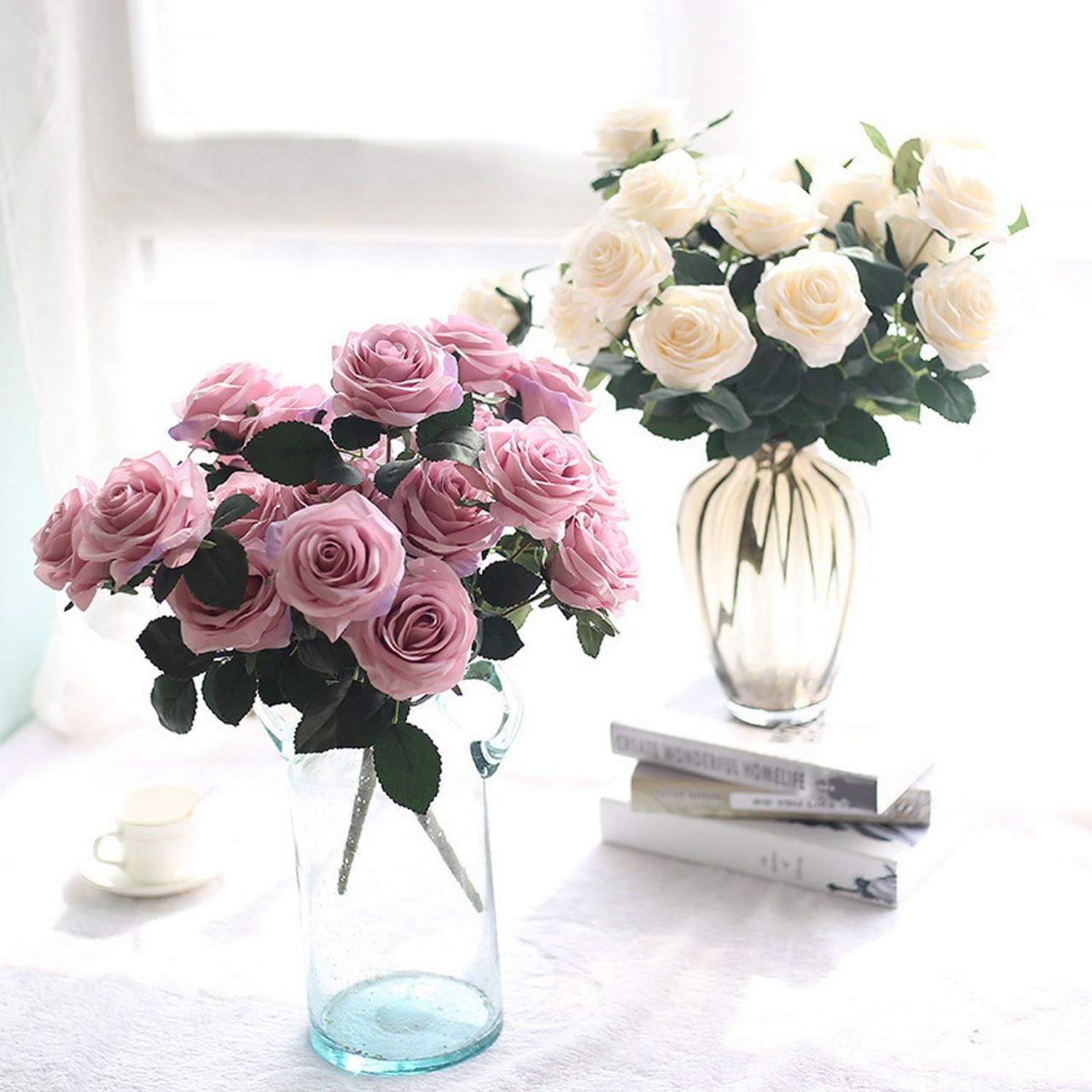 Những chậu hoa rực rỡ sẽ giúp không gian trở nên sống động hơn