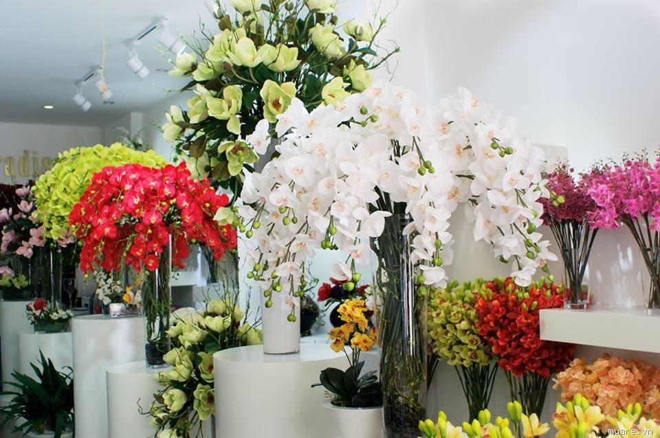 Nên lựa chọn cửa hàng hoa gần đây uy tín để đặt mua hoa
