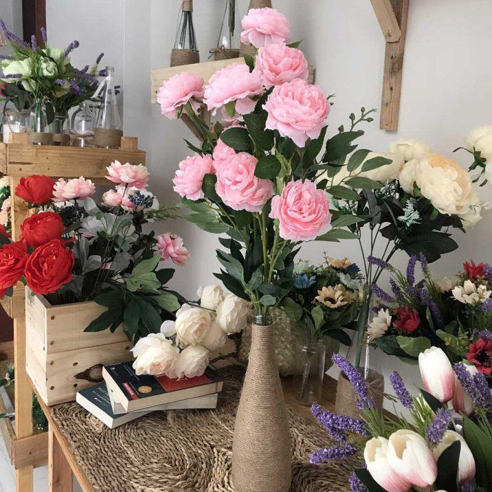 Giá của hoa trên thị trường hiện nay rất đa dạng