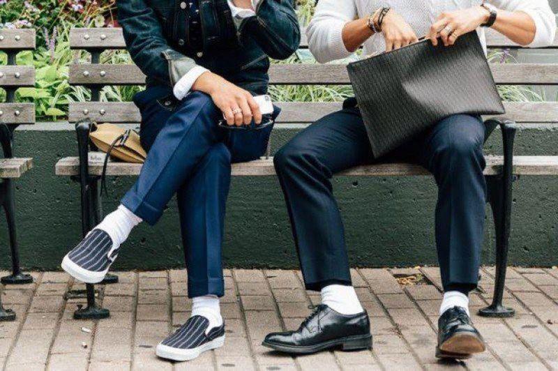 Giày nam bị rộng phải làm sao để khắc phục?