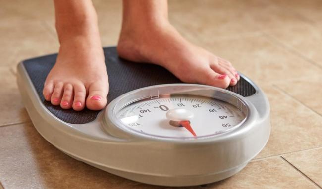 Duy trì cân nặng ở mức hợp lý giúp điều tiết kinh nguyệt hiệu quả hơn