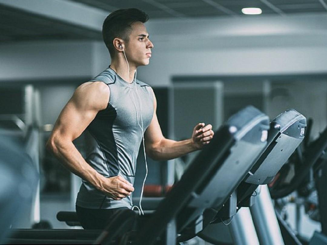 Luyện tập thể thao điều độ là giải pháp tăng cân hiệu quả cho nam giới