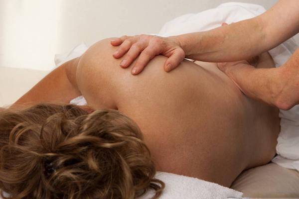 5-bai-massage-bau-don-gian-nhung-cuc-ki-hieu-qua-2