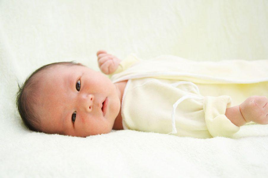 trẻ sơ sinh bị tiêu chảy phải làm sao-02