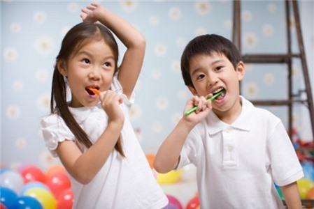 Bí quyết giúp ba mẹ cách dạy con tự lập ngay từ khi còn nhỏ