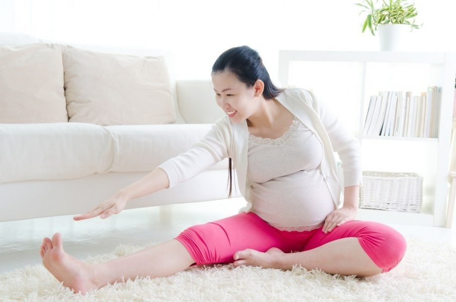 Mách mẹ bầu 5 bài tập yoga cực đơn giản và hiệu quả ngay tại nhà