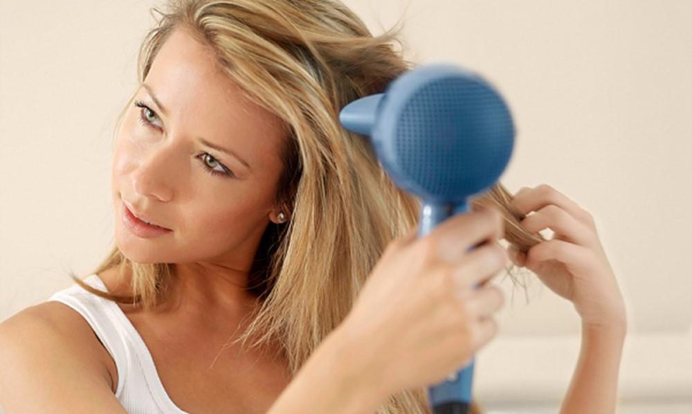 Mách mẹ bầu 5 phương pháp nuôi dưỡng tóc mềm mại và an toàn