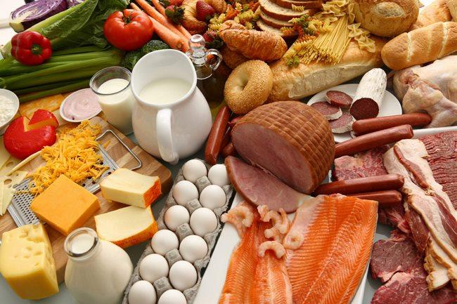 Mẹ bầu nên ăn gì để cải thiện cân nặng thai nhi?