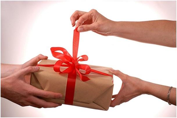 Tặng quà gì cho người yêu vào ngày 8 – 3?