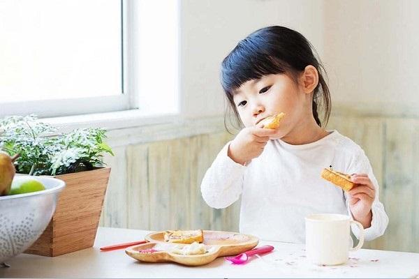xây dựng thực đơn cho trẻ biếng ăn-05