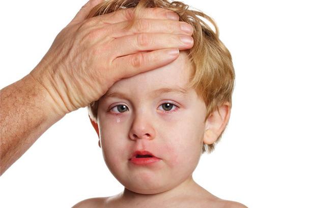 5 loại bệnh trẻ em thường gặp trong mùa hè