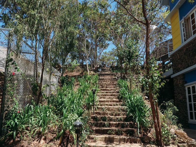 Thiết kế mộc mạc, đầy hài hòa là cảm nhận đầu tiên cho những ai lần đầu đặt chân đến Moonrise Garden
