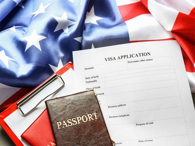 Chuẩn bị các giấy tờ cần thiết sẽ giúp bạn làm visa đi Mỹ được nhanh chóng và suôn sẻ hơn đáng kể