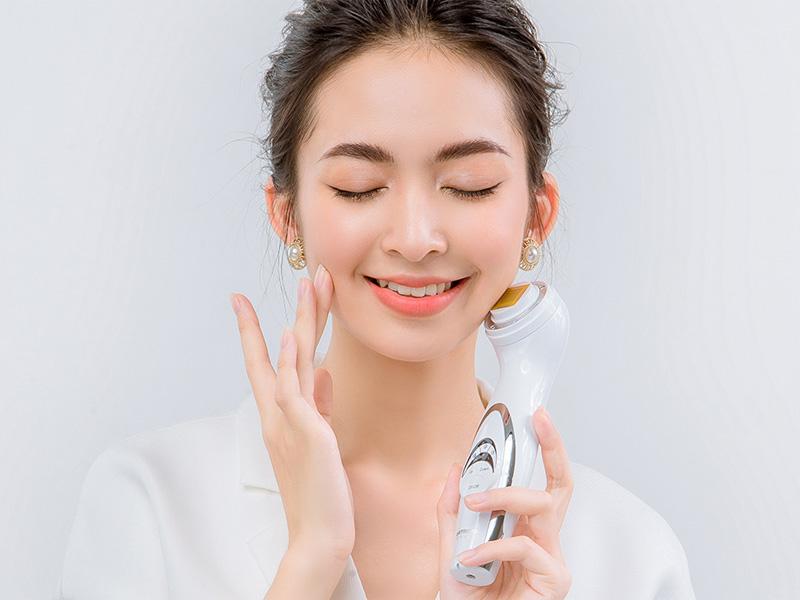 Massage mặt là câu trả lời đáng cân nhắc cho vấn đề làm sao để càng lớn càng đẹp