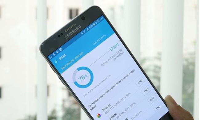 Dừng các ứng dụng chạy ngầm không cần thiết trên điện thoại, tối ưu hóa vấn đề làm sao để điện thoại hết lag